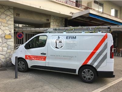 ERM Nouveau Camion technicien ramonage et chaudière
